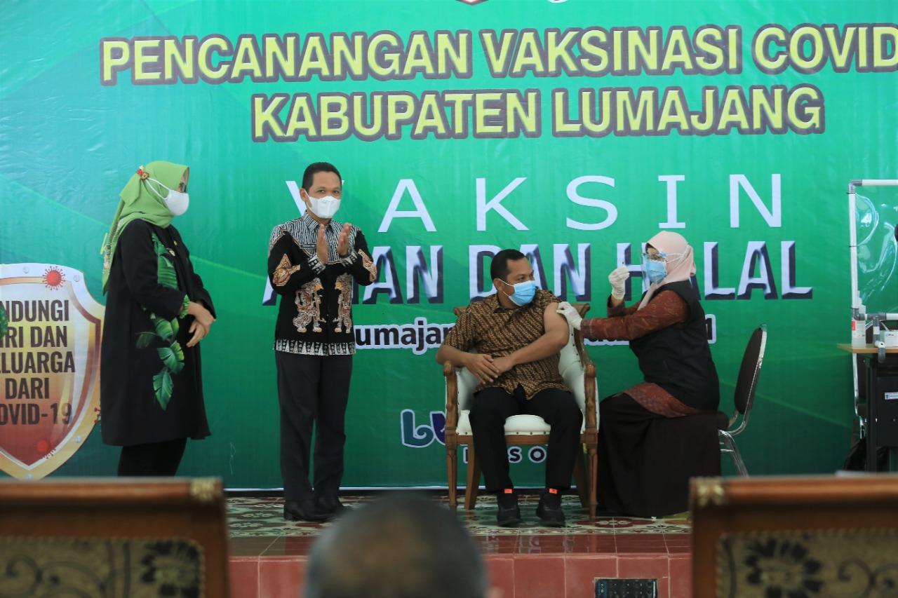 Seluruh Anggota Forkopimda Kabupaten Lumajang Siap Vaksin